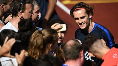 Griezmann set for Amex date after sticking with Atletico