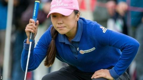 Kim In-kyung lines up a putt during her final round