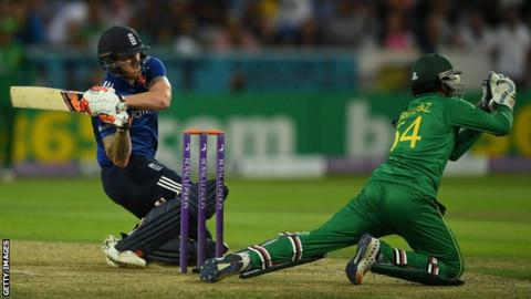 Eng v Pak 4th ODI: Stokes, Bairstow guide England to victory