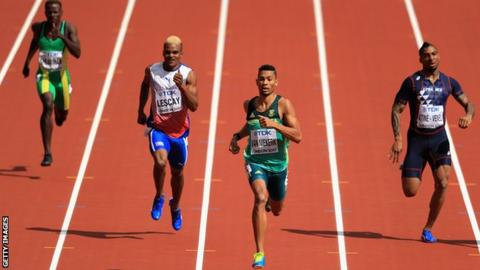 Van Niekerk defends men's 400m world title