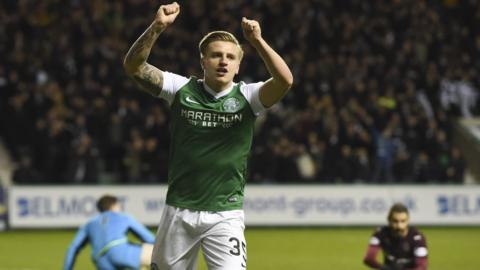 Jason Cummings fires Hibs in front
