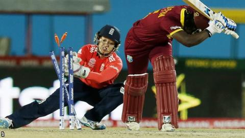 England wicketkeeper Sarah Taylor in action