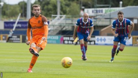 Paul McMullan scores a penalty