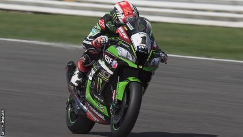 Jonathan Rea in action in Misano