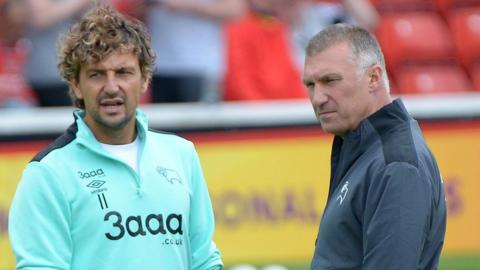 Inigo Idiakez (left) and Nigel Pearson