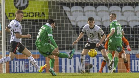 Ryan Brobbel scores for TNS against St Mirren