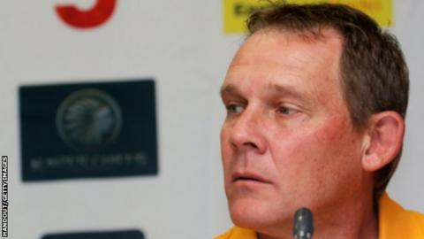 Former SAfrica captain Tovey critical after heart attack