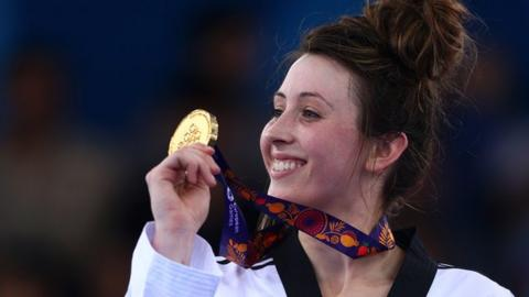 Jade Jones wins gold in taekwondo for Great Britain