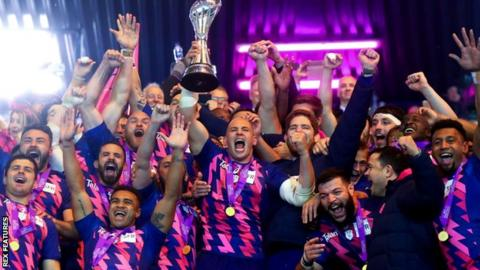 Stade Francais celebrate at Murrayfield