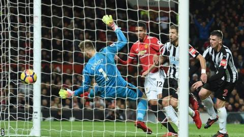 Chris Smalling scores for Manchester United against Newcastle United