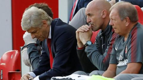 Wenger should leave 'crisis' club Arsenal - Wright