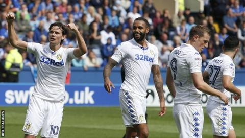 Marcus Antonsson celebrates Leeds's first goal against Sheffield United