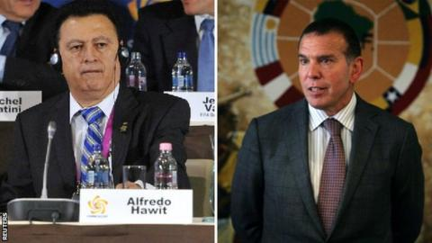 Alfredo Hawit and Conmebol president Juan Angel Napout