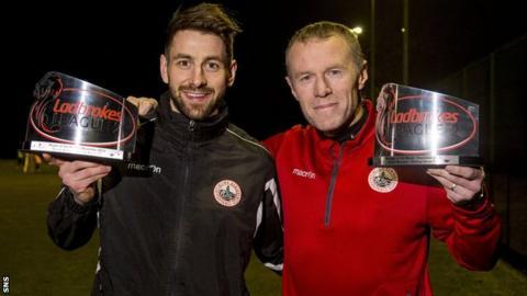Darren Smith and Stuart McLaren with their awards