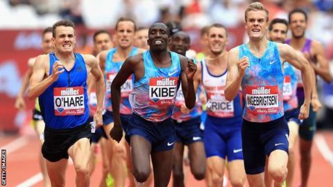 Farah leads British challenge at world championships
