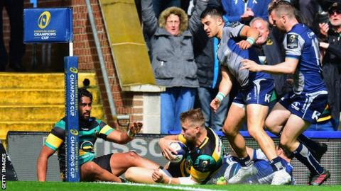 Harry Mallinder scores a try for Northampton Saints