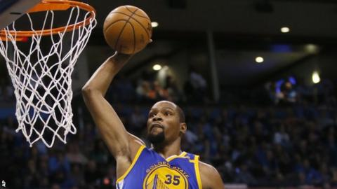 Kevin Durant scores for Golden State Warriors