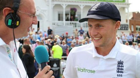 England's Joe Root and BBC cricket correspondent Jonathan Agnew