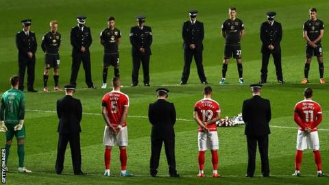 Charlton and MK Dons players paid tribute alongside PC Palmer's force colleagues