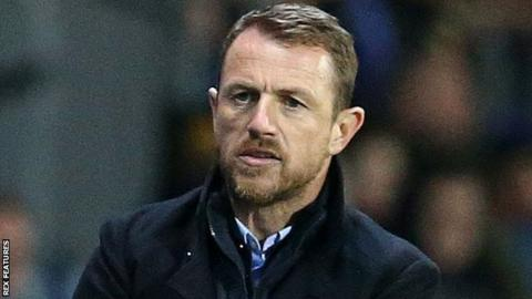 Rowett critical of 'inept officiating'