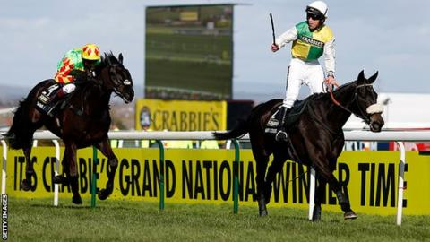 Many Clouds wins the 2015 Grand National