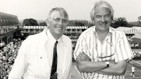 Gerald Williams (left) and Des Lynam