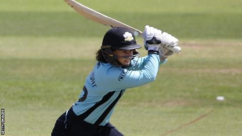 Tammy Beaumont in action for Surrey Stars