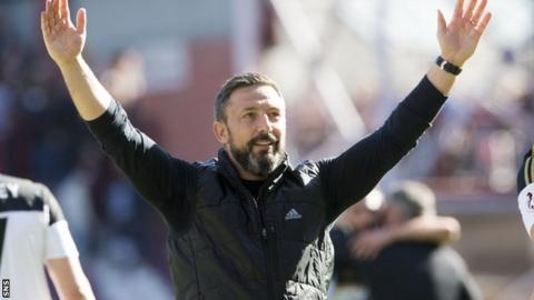 Derek McInnes celebrates Aberdeen's win at Hearts