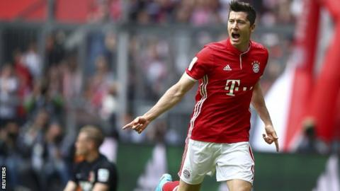 Robert Lewandowski has scored his 22nd Bundesliga goal of the season