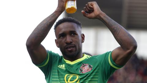Jermain Defoe celebrates Sunderland's point