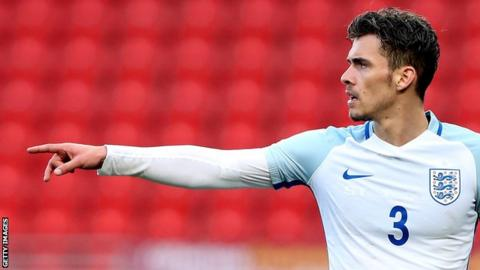 Harry Toffolo: Scunthorpe United sign Norwich City defender on loan