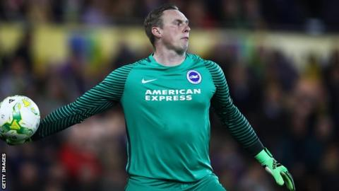 Chelsea target Stockdale rejects Brighton contract offer