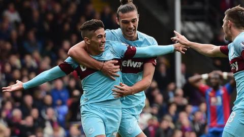 Manuel Lanzini celebrates scoring for West Ham
