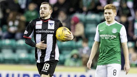 Dunfermline hit back from 2-0 down to draw at Easter Road