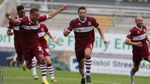 Resultado de imagem para Northampton Town  FC