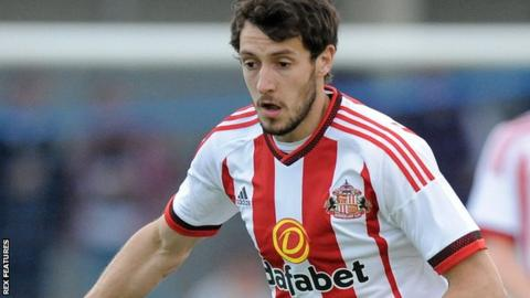 Owls sign Sunderland's Buckley on loan