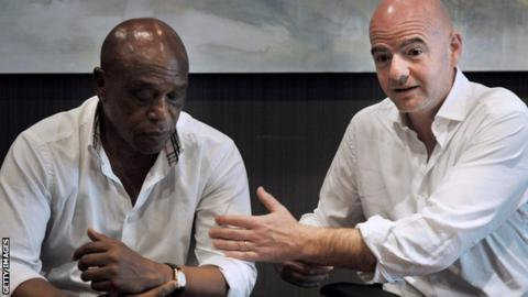 Fifa presidential candidates Tokyo Sexwale and Gianni Infantino visited Robben Island in South Africa on Monday
