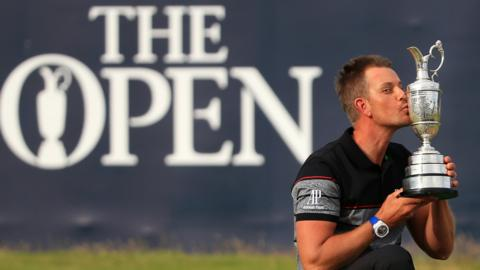 Henrik Stenson celebrates winning the 2016 Open Championship