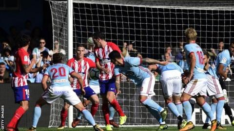 Gameiro fires goal-shy Atletico into third