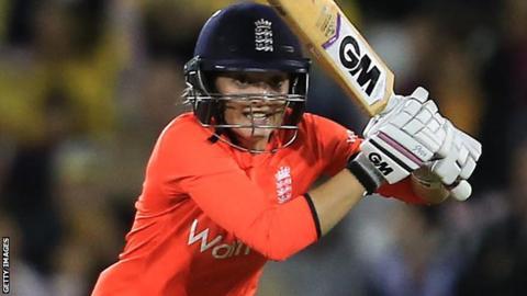 England wicketkeeper-batsman Sarah taylor