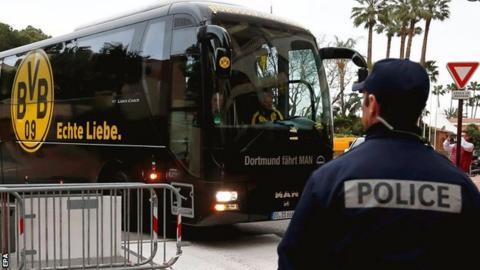 Borussia Dortmund team bus
