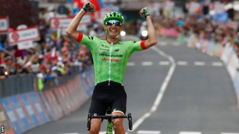 Pierre Rolland celebrates his stage win