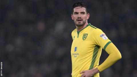 Northern Ireland striker Kyle Lafferty in talks with Hearts