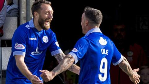Queens strikers Stephen Dobbie and Derek Lyle