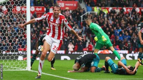 Peter Crouch earns Stoke first victory since August