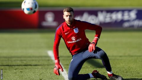 England call up Norwich goalkeeper Angus Gunn to replace Jack Butland