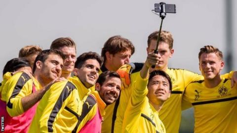 Borussia Dortmund defender Marc Bartra returns to training