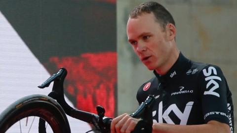 chris froome at the vuelta
