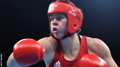 Savannah Marshall won gold at the 2012 World Championships and at the 2014 Commonwealth Games