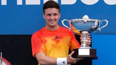 Gordon Reid with the Australian Open trophy